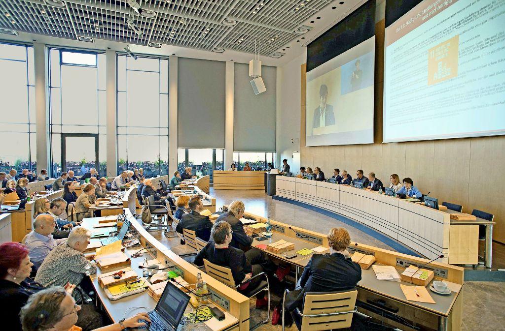 Bis zum 15. Dezember dauern die Haushaltsberatungen im Stuttgarter Gemeinderat. Foto: Lichtgut/Leif Piechowski