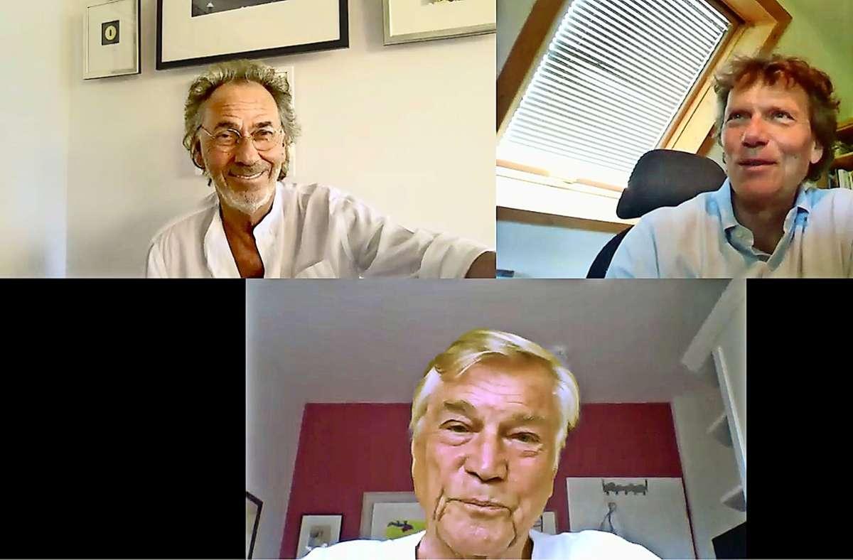 Hugo Egon Balder (oben links), Hartmut Rosa (oben rechts) und Jochen Busse im Nachtschicht-Gespräch, das dieses Mal nur im Internet gezeigt wird. Foto: Nachtschicht