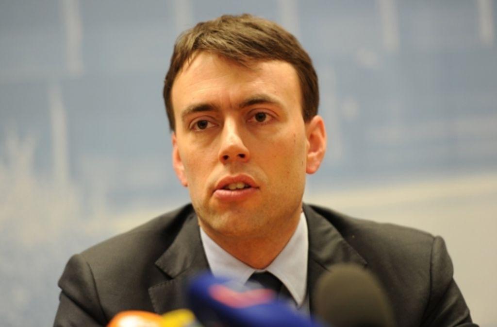 Nils Schmid hat sich für Rolf Schumacher als Daniel Roustas Nachfolger entschieden. Foto: dpa