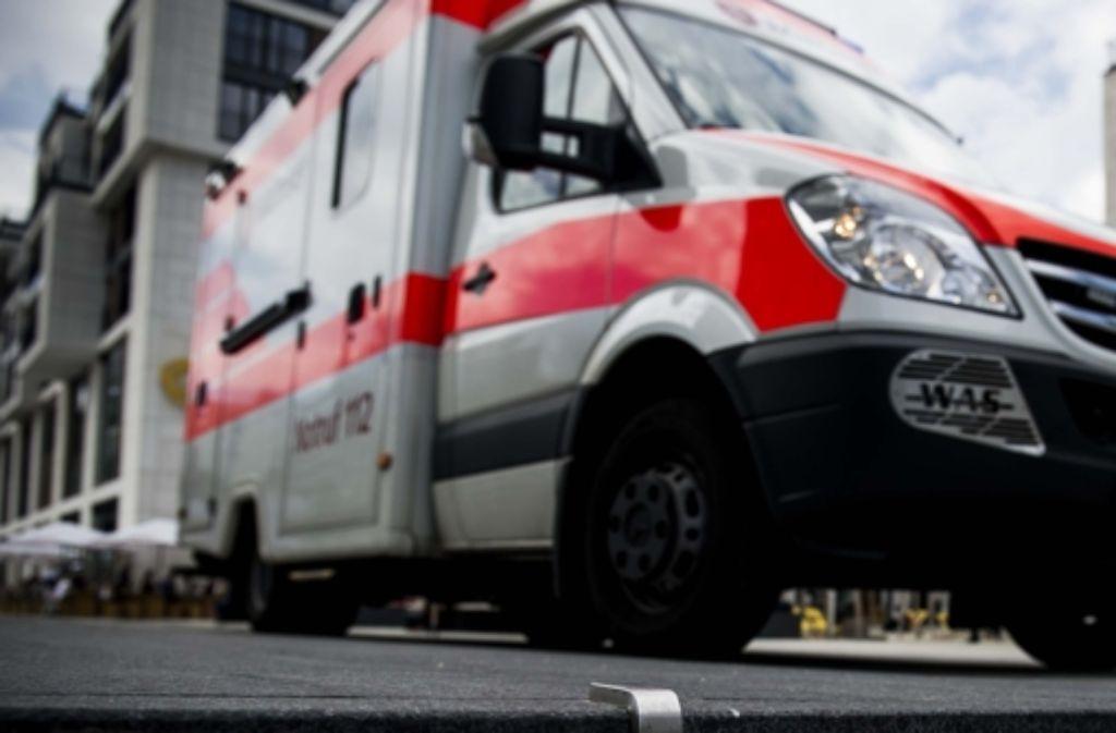 Der 32-Jährige wurde nach dem Unfall auf der Stuttgart-21-Baustelle in ein Krankenhaus gebracht. Foto: Lichtgut/Max Kovalenko