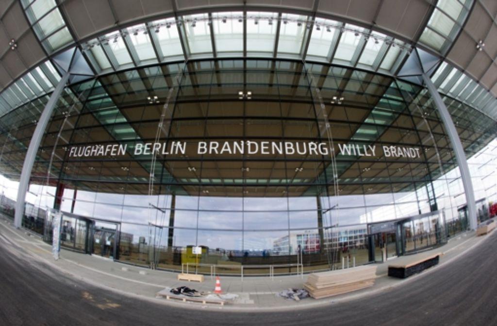 Umstrittenes Großbauwerk: der neue Flughafen süd-östlich von Berlin Foto: dpa