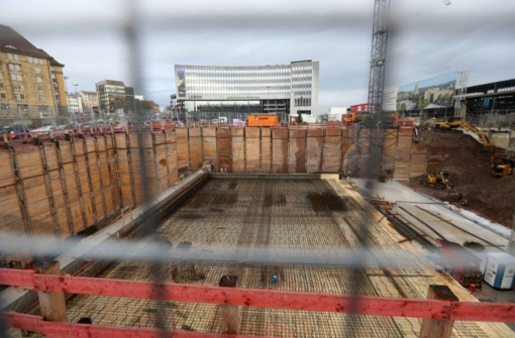 Der Bau des Technikgebäudes birgt Risiken für die LBBW-Zentrale. Foto: Achim weygarth