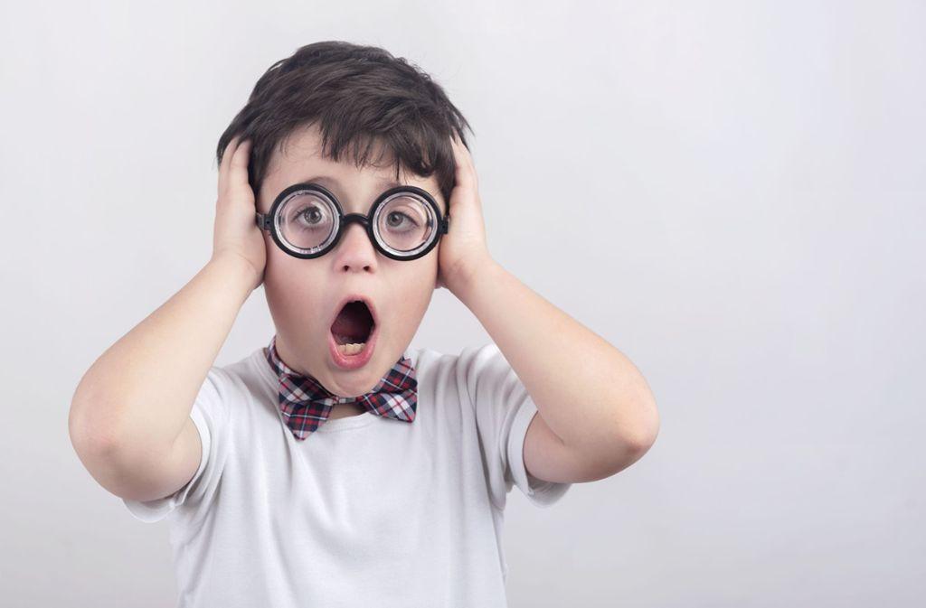 In 90 Prozent der Fälle beginnt die Kurzsichtigkeit bei Kindern und Jugendlichen  im Alter zwischen acht und 15 Jahren. Foto: esthermm / Adobe Stock
