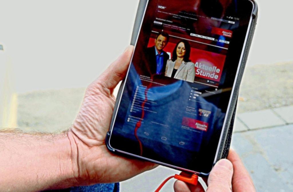 Online, mobil und jederzeit: die TV-Nutzung  soll von allen Korsetts befreit  werden. Foto: WDR