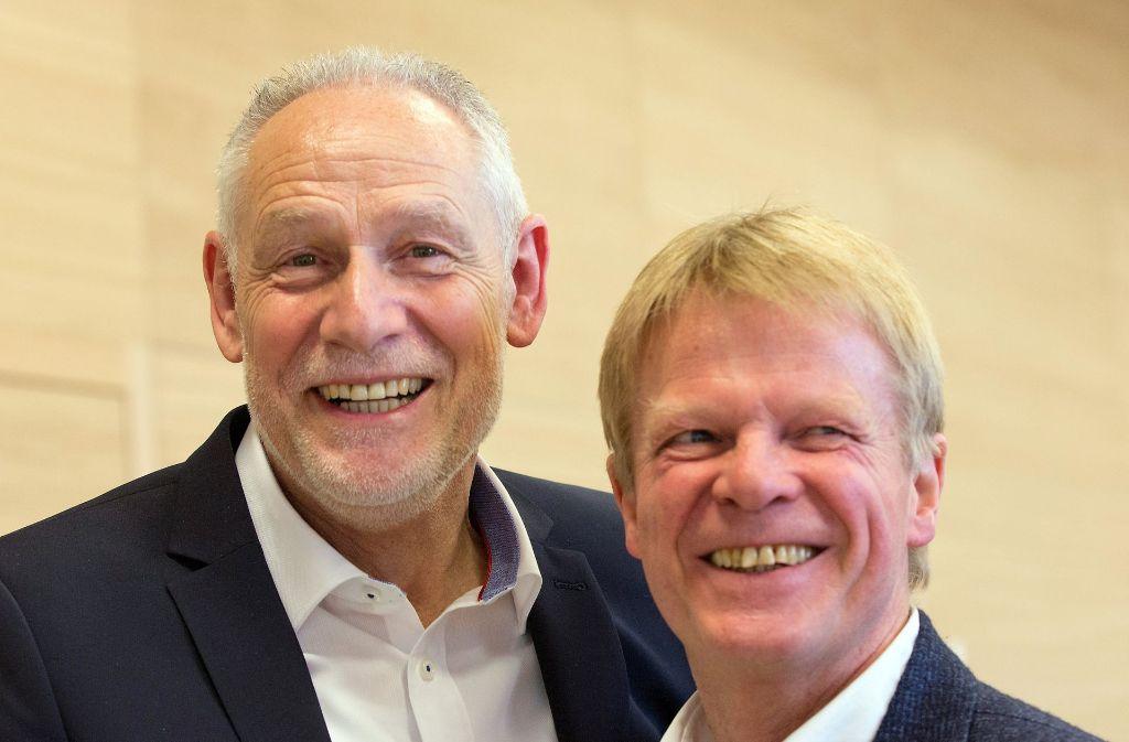 Der neue DGB-Landeschef Martin Kunzmann (links) und der Gewerkschaftsbund-Vorsitzende Reiner Hoffmann freuen sich über den gelungenen Wechsel. Foto: dpa