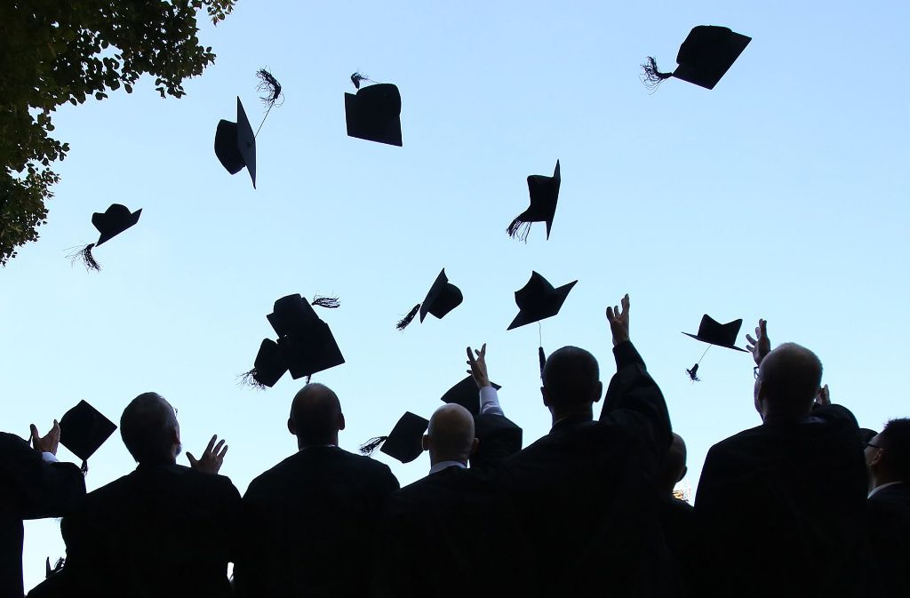 Wer auf den Doktorhut hinarbeitet, soll an der Uni mehr zu sagen bekommen. Foto: dpa-Zentralbild
