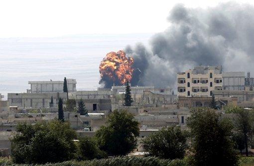 Kobane weiterhin heftig umkämpft