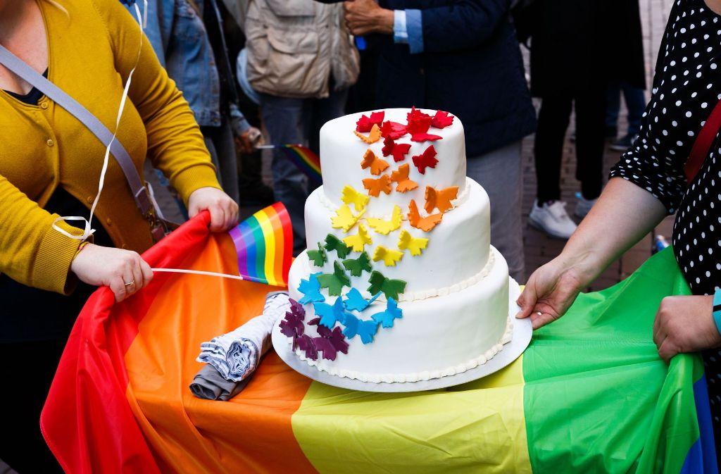 Dank der Ehe für alle können auch homosexuelle Paare ein Kind adoptieren. Foto: dpa