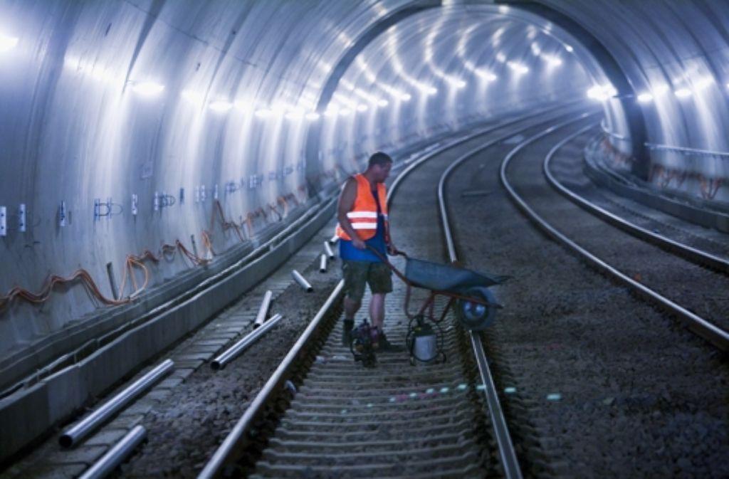 Rückblick auf die Bauarbeiten im Fasanenhof-Tunnel der Stuttgarter Stadtbahnlinie U6 Foto: Achim Zweygarth