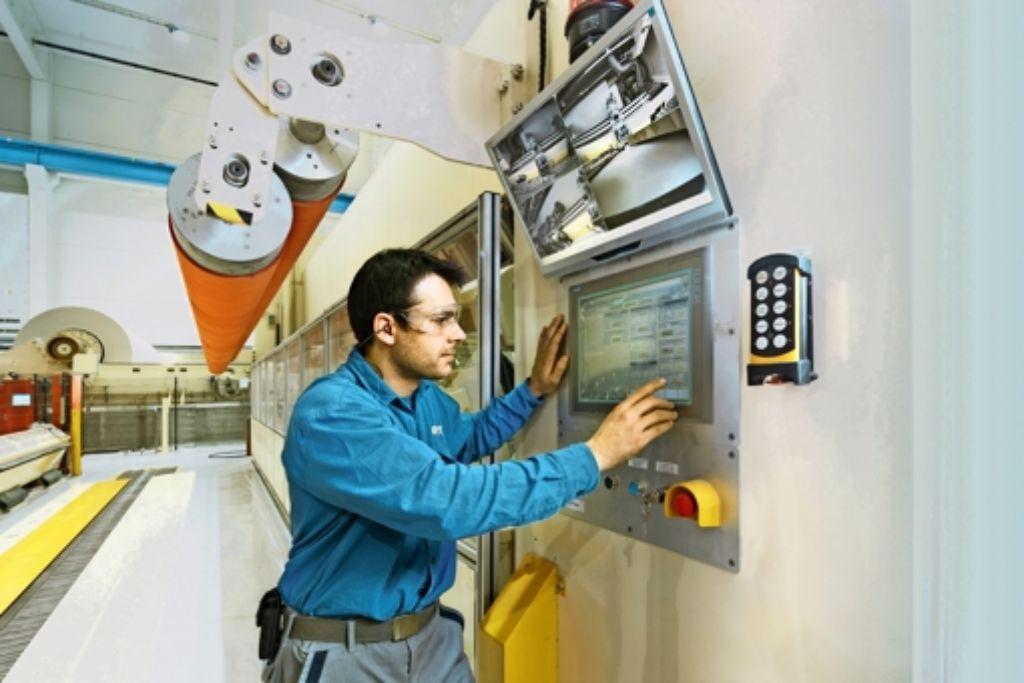 Bei der Steuerung von Papiermaschinen gibt es bereits Ansätze für Industrie 4.0. Foto: Voith