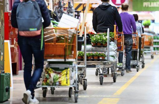 Ansturm auf die Esslinger Baumärkte