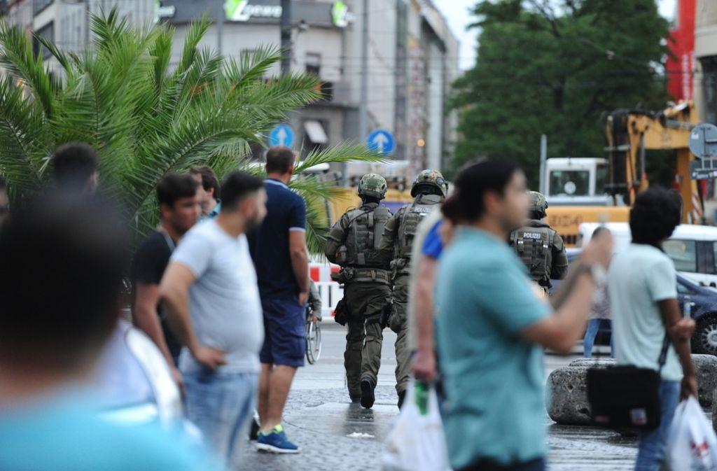 Wer nach den Schüssen in München nicht schnell in Sicherheit geraten konnte, erhielt Hilfe über die sozialen Netzwerke. Foto: dpa