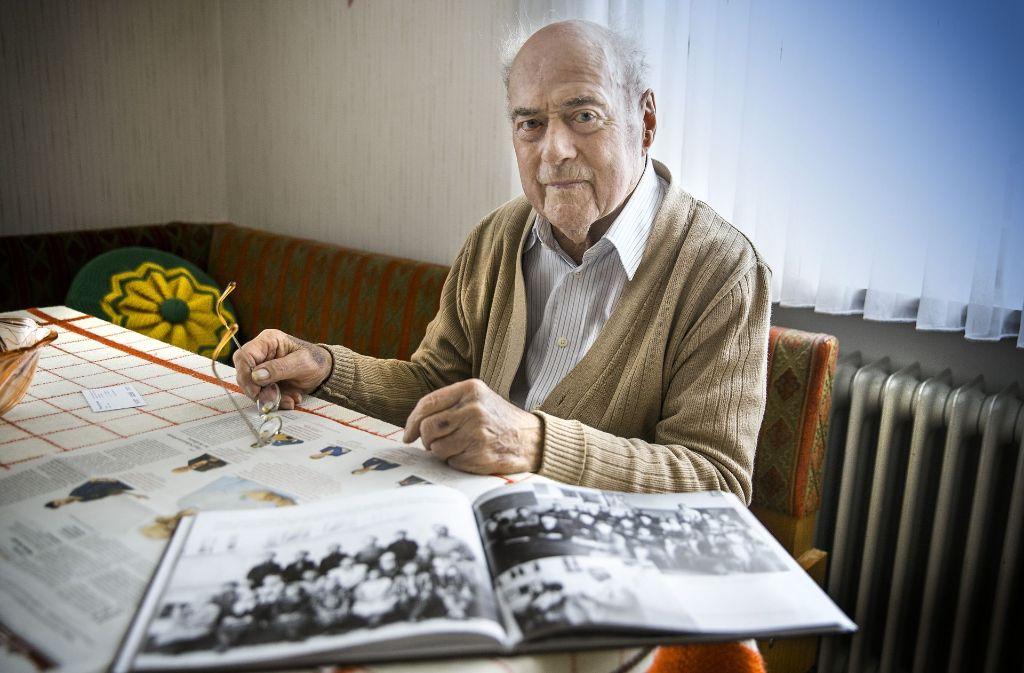 Eugen Hausmann kann auf eine  94-jährige Heimaterfahrung zurückblicken. Da gibt es viel zu erzählen. Foto: Horst Rudel