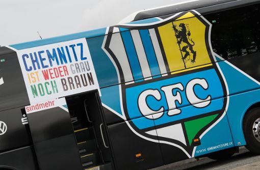 Fußballer vom Chemnitzer FC positionieren sich gegen Rechts