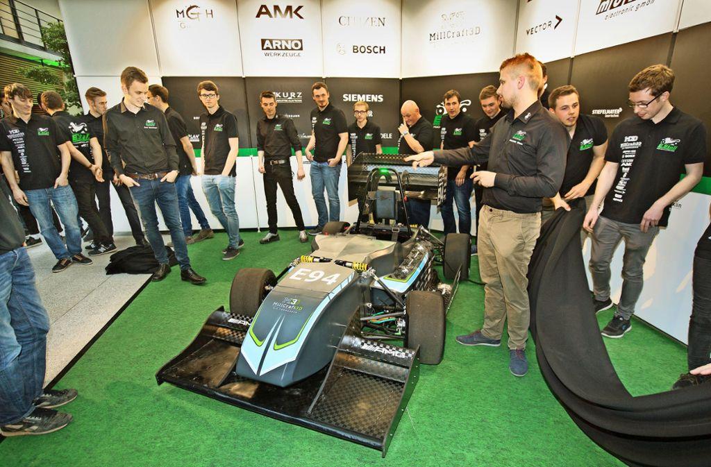 Der neue Elektro-Rennwagen Eve19 zieht die Blicke auf sich. Foto: Horst