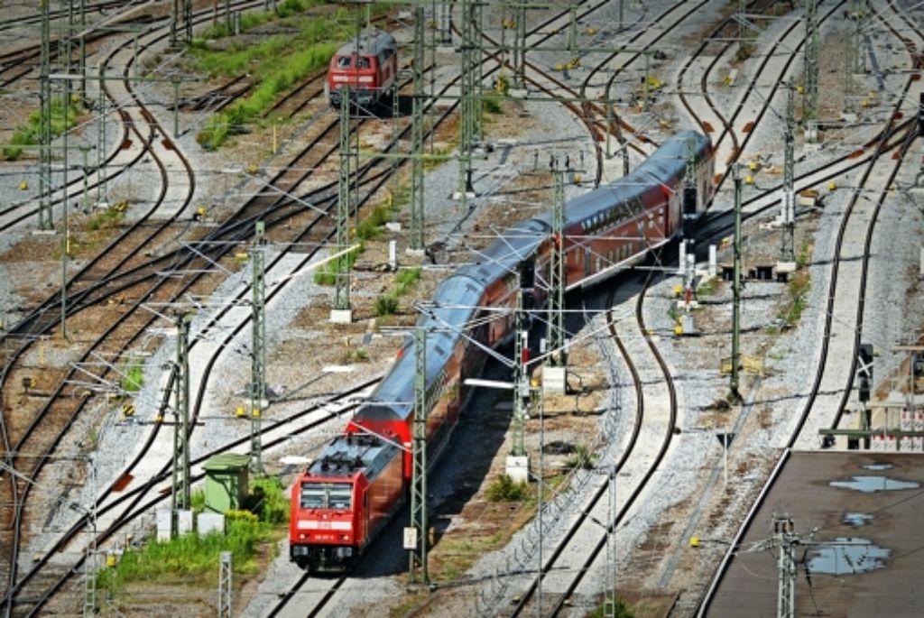 Fast 40 Millionen Zugkilometer hat das Land für den nächsten Verkehrsvertrag ausgeschrieben. Der Zuschlag soll Mitte August erfolgen. Foto: dpa