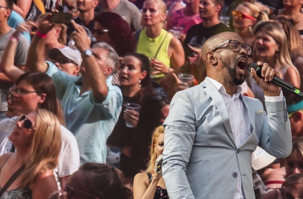 Der Sänger Lazy Dee von Mr. President Foto: factum/Weise