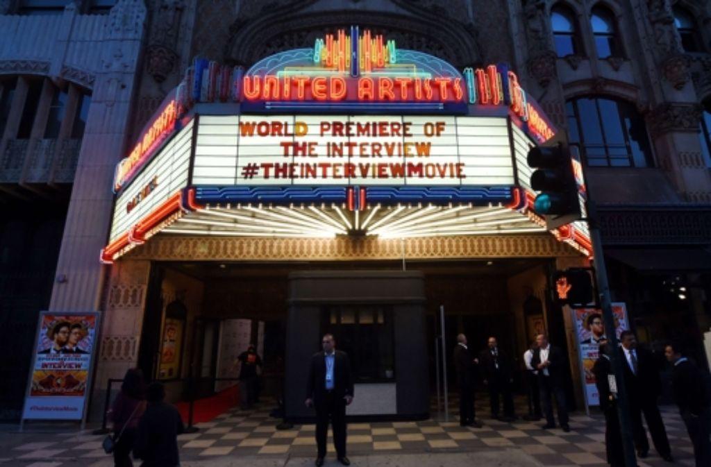 """Den Start der Komödie """"The Interview"""", die hier Galapremiere hat, wollen Erpresser und Datendiebe verhindern. Foto: AFP"""