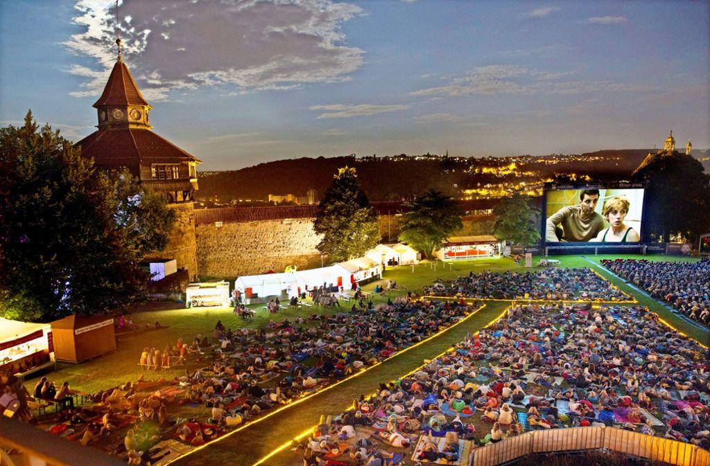 Die Ehrenamtlichen haben auf dem Gelände der Esslinger Burg einen wunderbaren Kinoabend erlebt. Foto: Ines Rudel