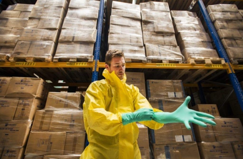 Der Umgang mit Ebola-Erkrankten fordert besondere Vorsicht. Foto: dpa