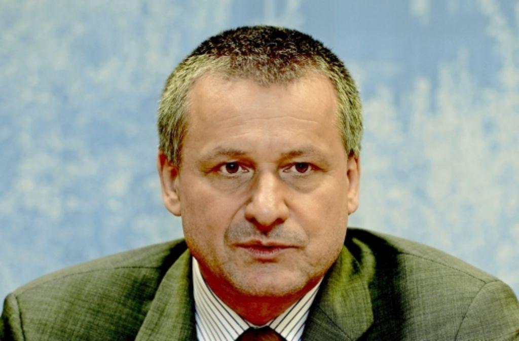 FDP-Fraktionschef Hans-Ulrich Rülke fühlt sich von der Regierung unzureichend informiert. Foto: dpa