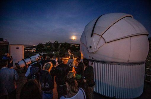 Mondfinsternis lockt zahlreiche Himmelsgucker