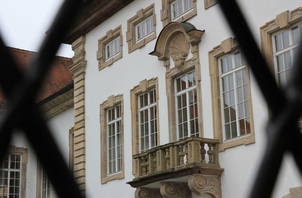 Ein 47-Jähriger muss sich vor dem Amtsgericht Esslingen wegen Stalkings verantworten. Er soll einer anfangs 15-Jährigen über einen längeren Zeitraum hinweg nachgestellt haben. Foto: Pascal Thiel