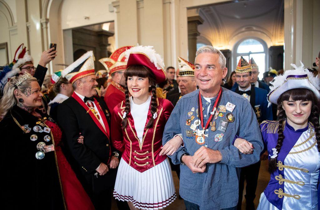 Thomas Strobl beim Narrenempfang im neuen Schloss Foto: dpa