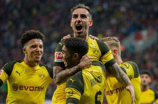Dortmund neuer Spitzenreiter – Schalke beendet Pleiteserie