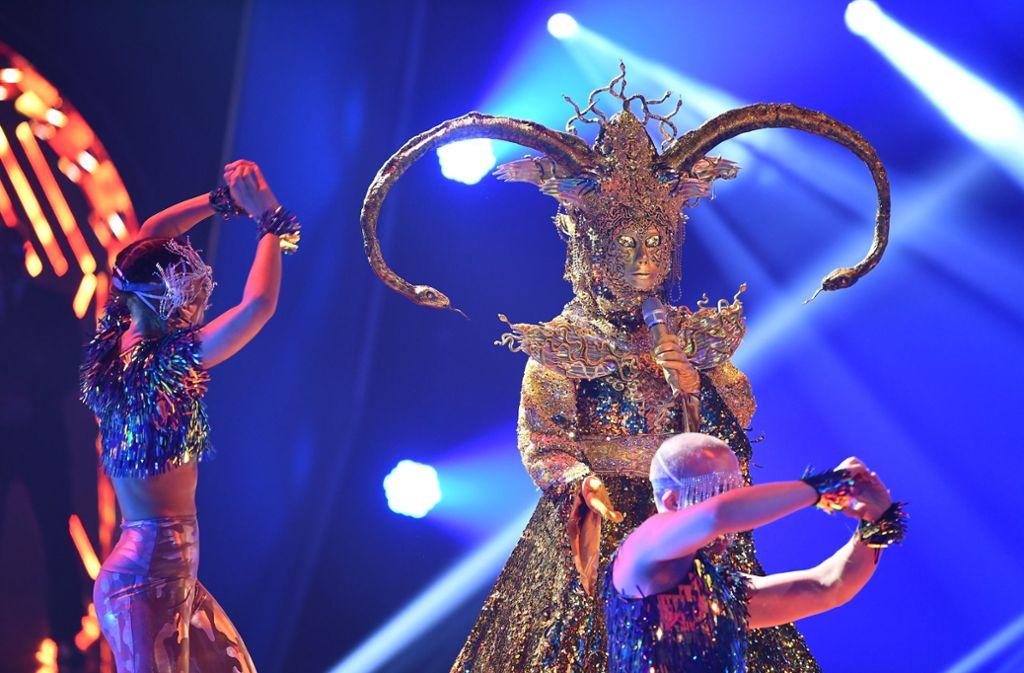 """Die Göttin zeigte bei """"The Masked Singer"""" ihr Gesicht. Foto: dpa/Willi Weber"""