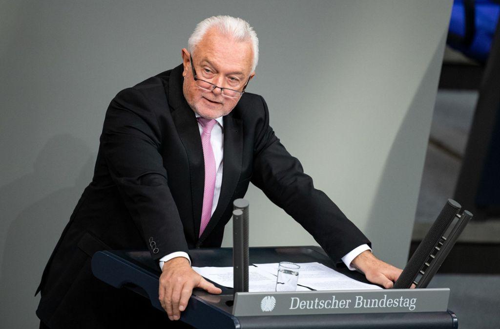 """""""Keine Ideologie, keine Überzeugung kann für sich in Anspruch nehmen, über dem Gesetz zu stehen"""", sagte Wolfgang Kubicki, FDP. Foto: dpa/Bernd von Jutrczenka"""