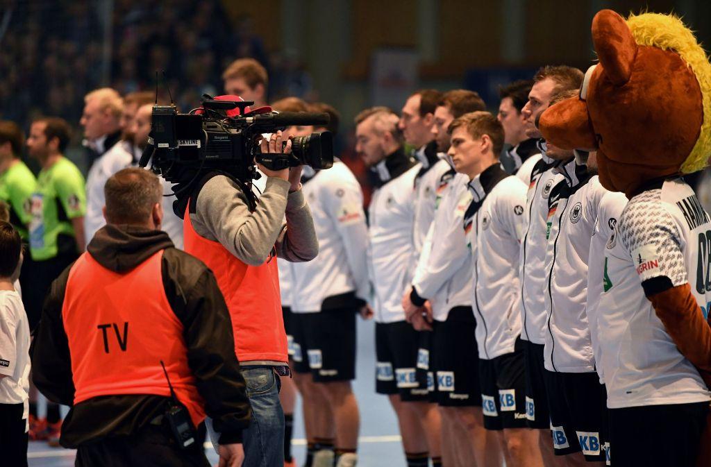 Die Handball-WM 2017 in Frankreich gibt es für deutsche Fans nur im Livestream bei der DKB. Foto: dpa
