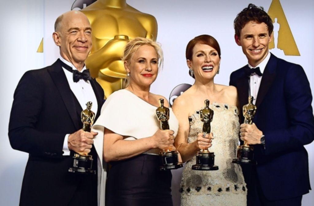 Was für Schauspieler! Die Oscar-Gewinner   J.K. Simmons, Patricia Arquette, Julianne Moore und Eddie Redmayne (von links) ernten Lob ohne Widerspruch. Foto: AFP
