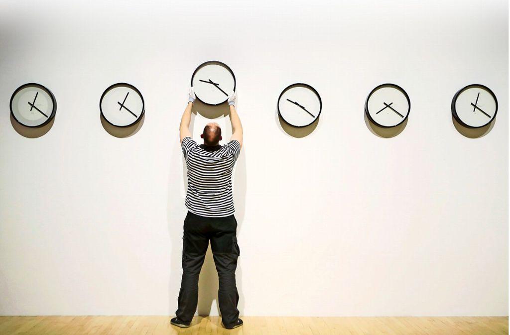 Sollen wir die Uhrumstellung im Frühjahr und Herbst beibehalten? Foto: ZB