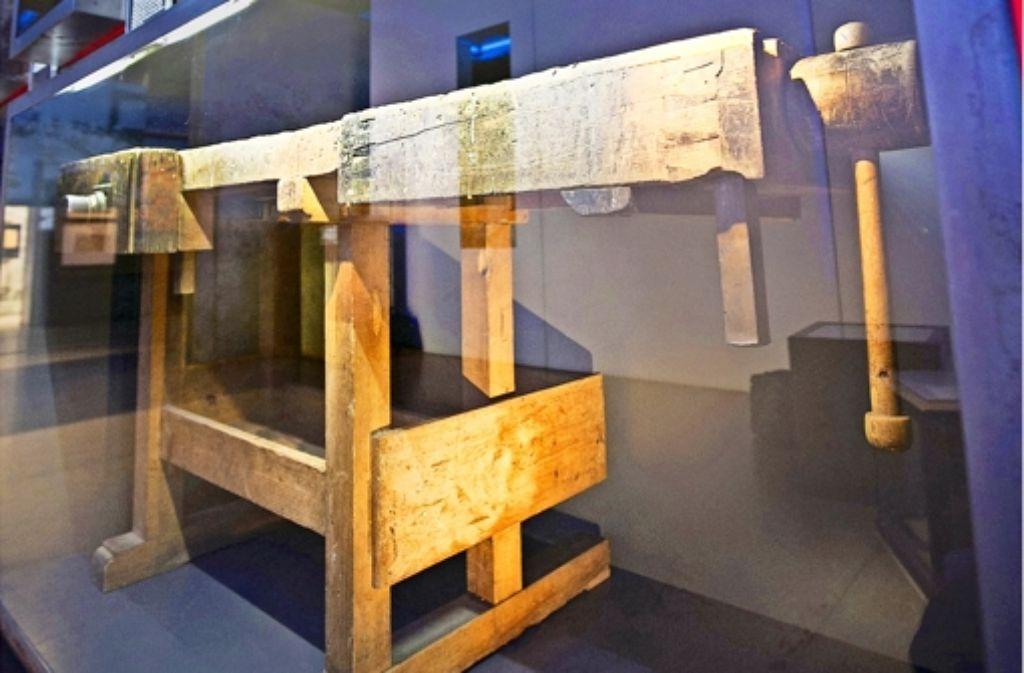 Ein herausragendes Exponat: die Werkbank von Georg Elser. Foto: Michael Steinert