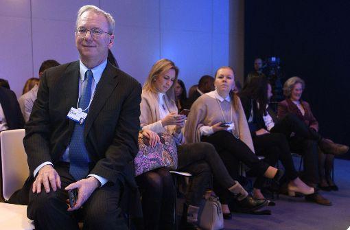 Facebook und Co. geben dem Bundestag einen Korb