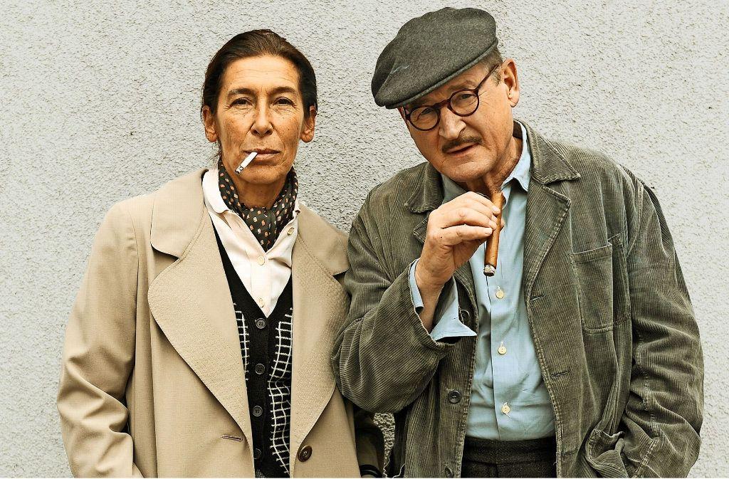 Ehe- und Künstlerpaar: Adele Neuhauser als  Helene Weigel und  Burghart Klaußner als Bert Brecht. Foto: ARD