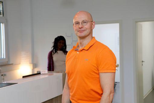 Torsten Gerdes ist Physiotherapeut und will seinen Patienten zu einer neuen Lebensqualität verhelfen.