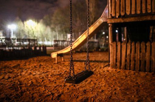 Zaun am Spielplatz in Schwäbisch Gmünd  wird erneuert