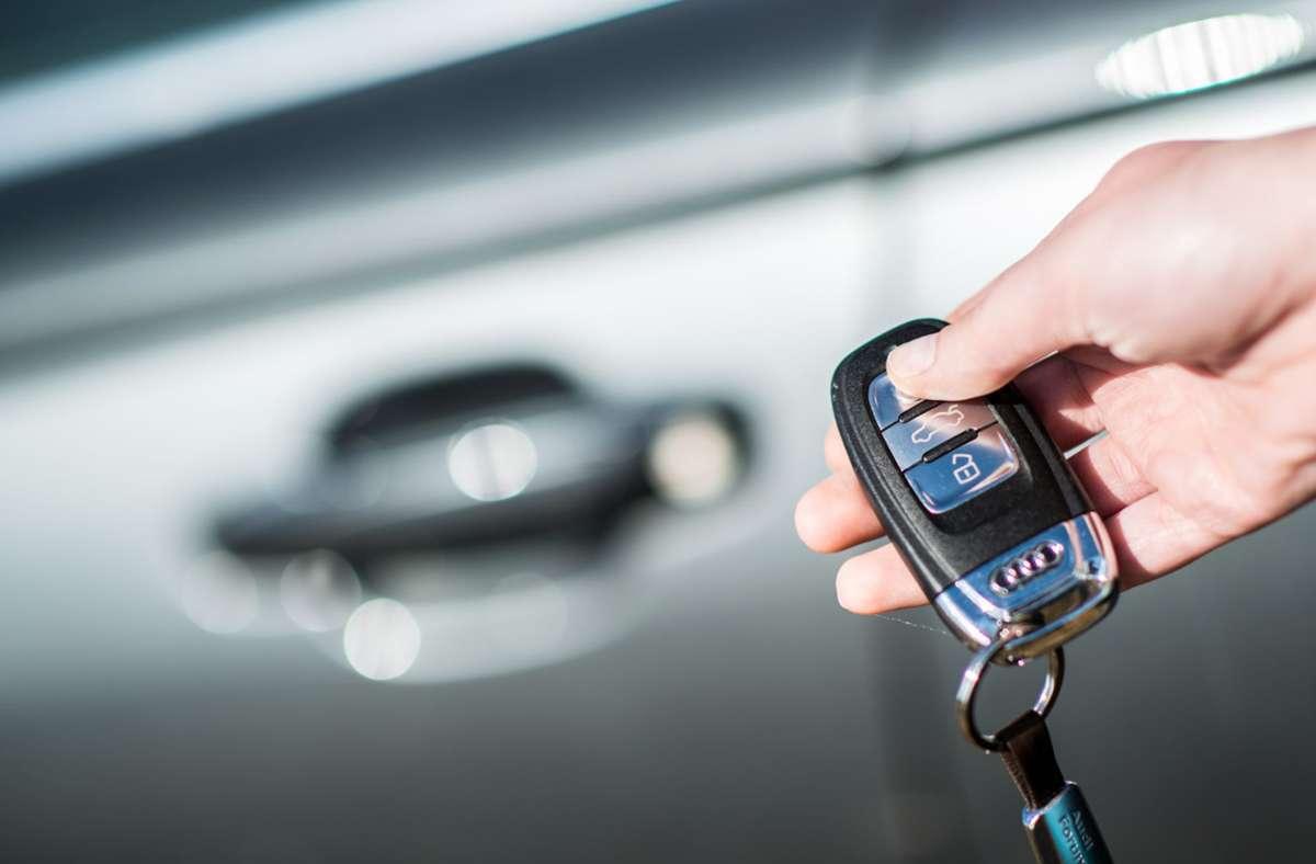 Zahlreiche Autobesitzer in Baden-Württemberg könnten schon bald Geld sparen. Foto: dpa/Marc Müller