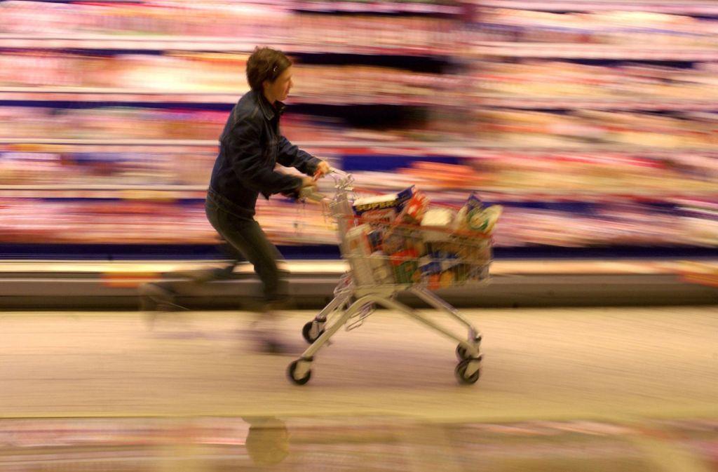 """Verbraucher konnten aus fünf Produkten die  """"Mogelpackung des Jahres 2019"""" wählen. (Symbolfoto) Foto: dpa/dpaweb/Peer Grimm"""