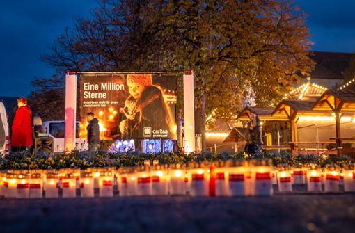 Lichtermeer am Schlossplatz für den guten Zweck