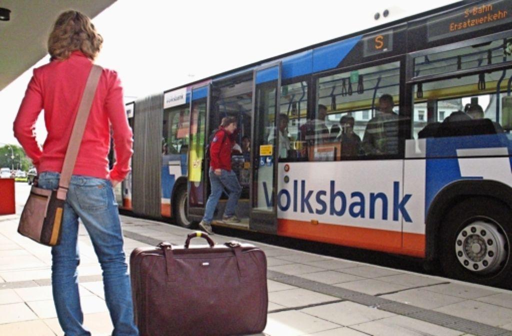 Der Wunsch nach einer  umsteigefreien Linie zum Flughafen ist groß. Foto: Ulrike Koch