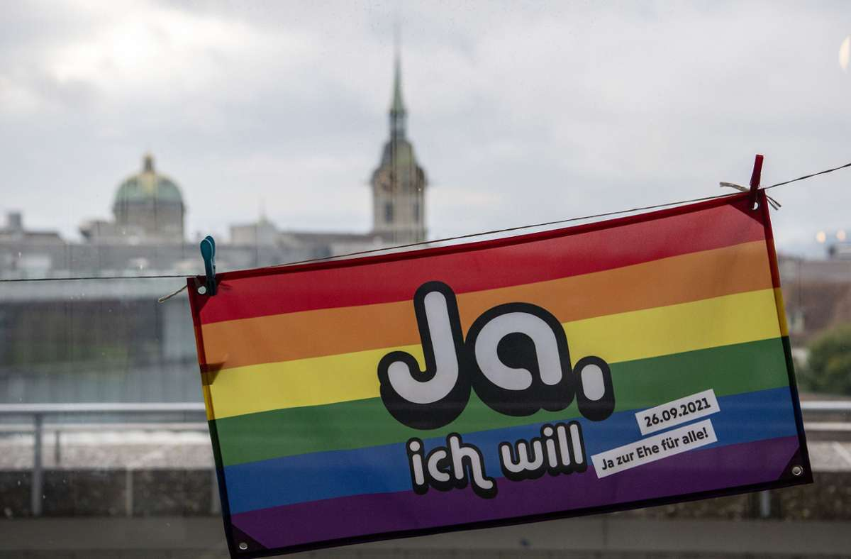 Die Schweiz führt nun auch die Ehe für alle ein. Foto: dpa/Peter Schneider