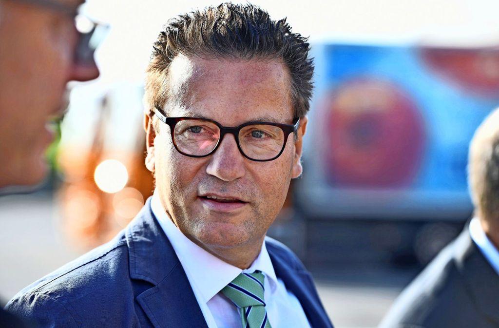 Landwirtschaftsminister Peter Hauk (CDU) tritt  für eine Mehrgefahrenversicherung ein. Foto: dpa
