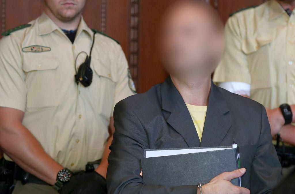 NürnbergVor dem Landgericht Nürnberg-Fürth hat am Dienstag der Mordprozess gegen einen mutmaßlichen Anhänger der sogenannten Reichsbürger begonnen. Foto: dpa