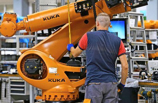 Geriet kräftig in die Schlagzeilen: Verkauf des Roboterherstellers Kuka an Midea. Foto: dpa