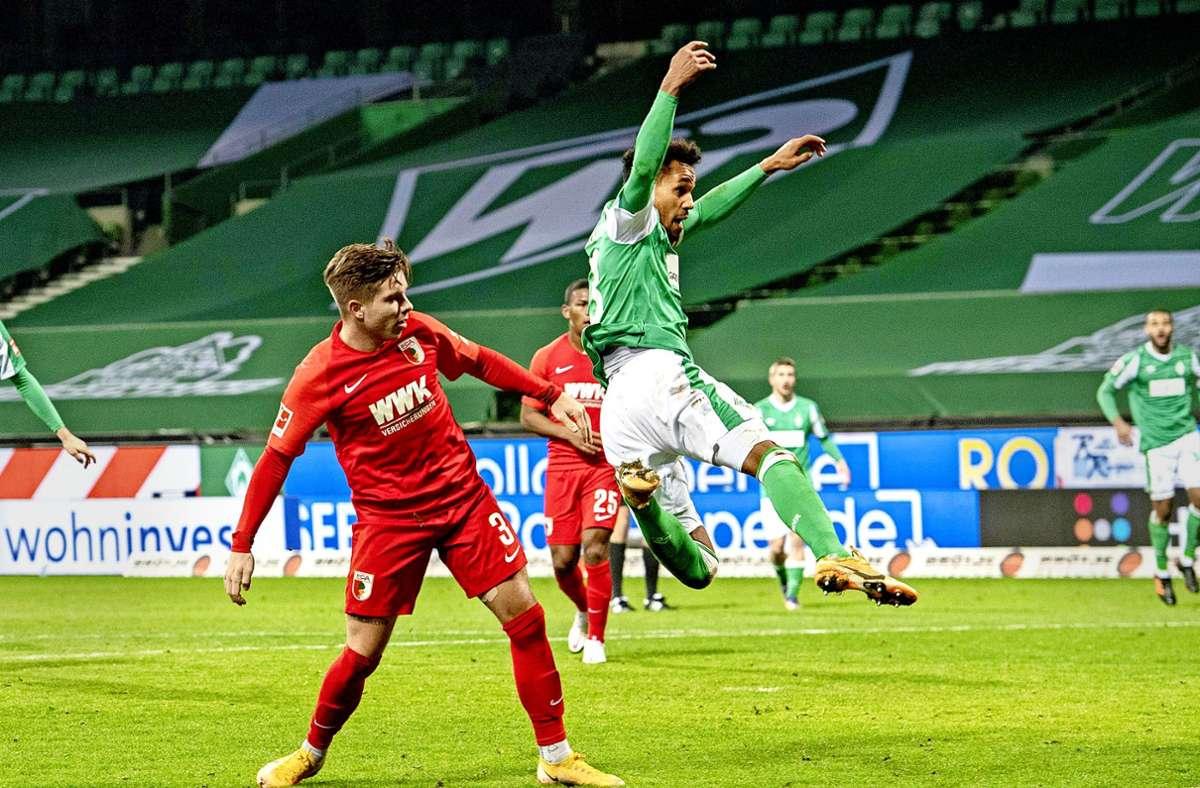 Brisantes Kellerduell: Der FC Augsburg empfängt Werder Bremen. Foto: imago/Sven Simon