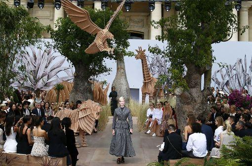 Dior und Lhuillier präsentieren exklusive Mode