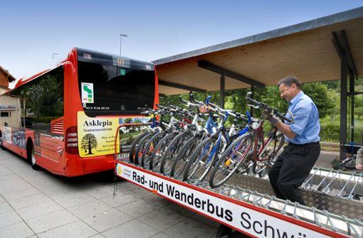 Saisonstart für Rad- und Wanderbus